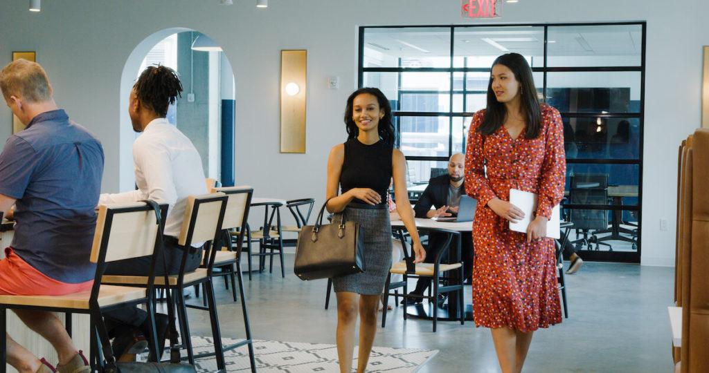 business-woman-at-the-interlock-atlanta